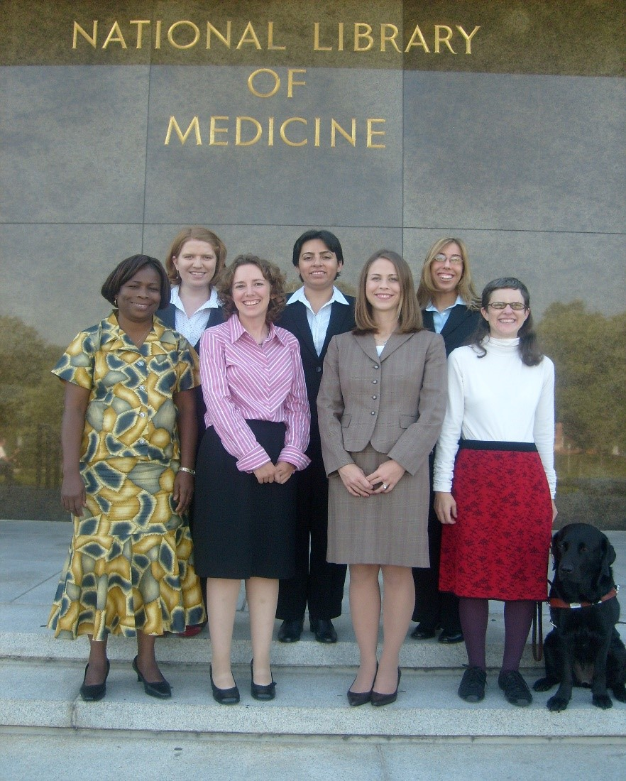 picture of Associate Fellows in 2007